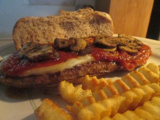 Steak Hoagie Patties w Baked Crinkle Fries 010