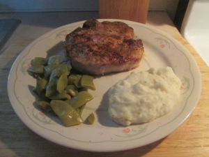 Cumin Spiced Pork Loin Chop w Mashed Potatoes and Cut Italian Gr 004