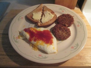 Egg White Omelet Turkey Goetta Toast 002