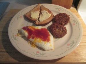 Egg White Omelet Turkey Goetta Toast 002