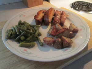 bbq-pork-loin-boneless-backribs-red-potatoes-green-beans-010