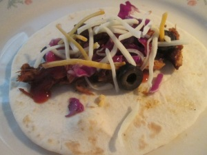slow-cooker-honey-chipotle-chicken-tacos-009