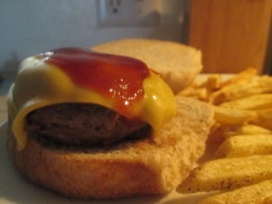 wild-ground-boar-cheese-burger-w-baked-fries-016