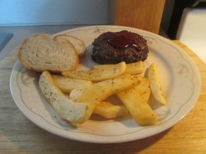 bison-chopped-sirloin-steak-w-baked-steak-fries-007