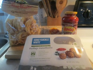 egg-maccheroncini-w-turkey-meatballs-002