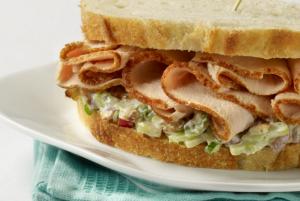 waldorf-turkey-salad-sandwich