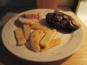 bison-chopped-sirloin-steak-w-baked-steak-fries-006