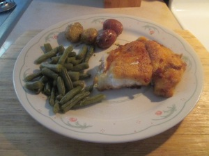 seasoned-gulf-coast-grouper-w-savory-herb-potatoes-and-cut-green-008