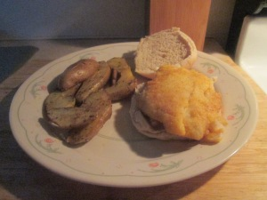 seasoned-gulf-coast-grouper-sandwich-w-baked-fingerling-potato-w-007
