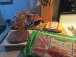 turkey-bacon-and-muenster-cheese-buffalo-burger-w-baked-fries-001