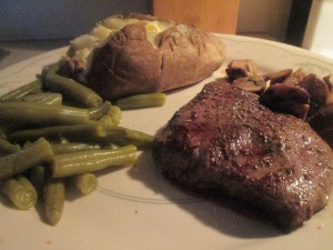 buffalo-flat-iron-steak-w-sauteed-mushrooms-roasted-assparagus-006