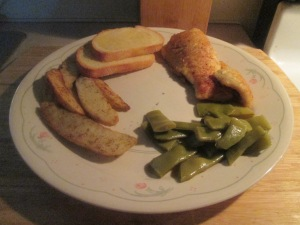 catfish-nuggets-w-cut-italian-beans-and-oven-fries-001