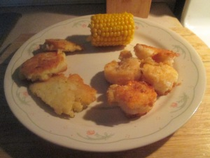 fried-shrimp-w-potato-pancakes-and-mini-ears-of-sweet-corn-005