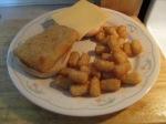 Fish Sandwich Fillet Sandwich Tter Tots inplate