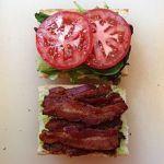 A BLT sandwichpreparation